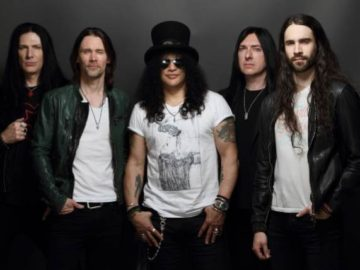 Slash With the Conspirators